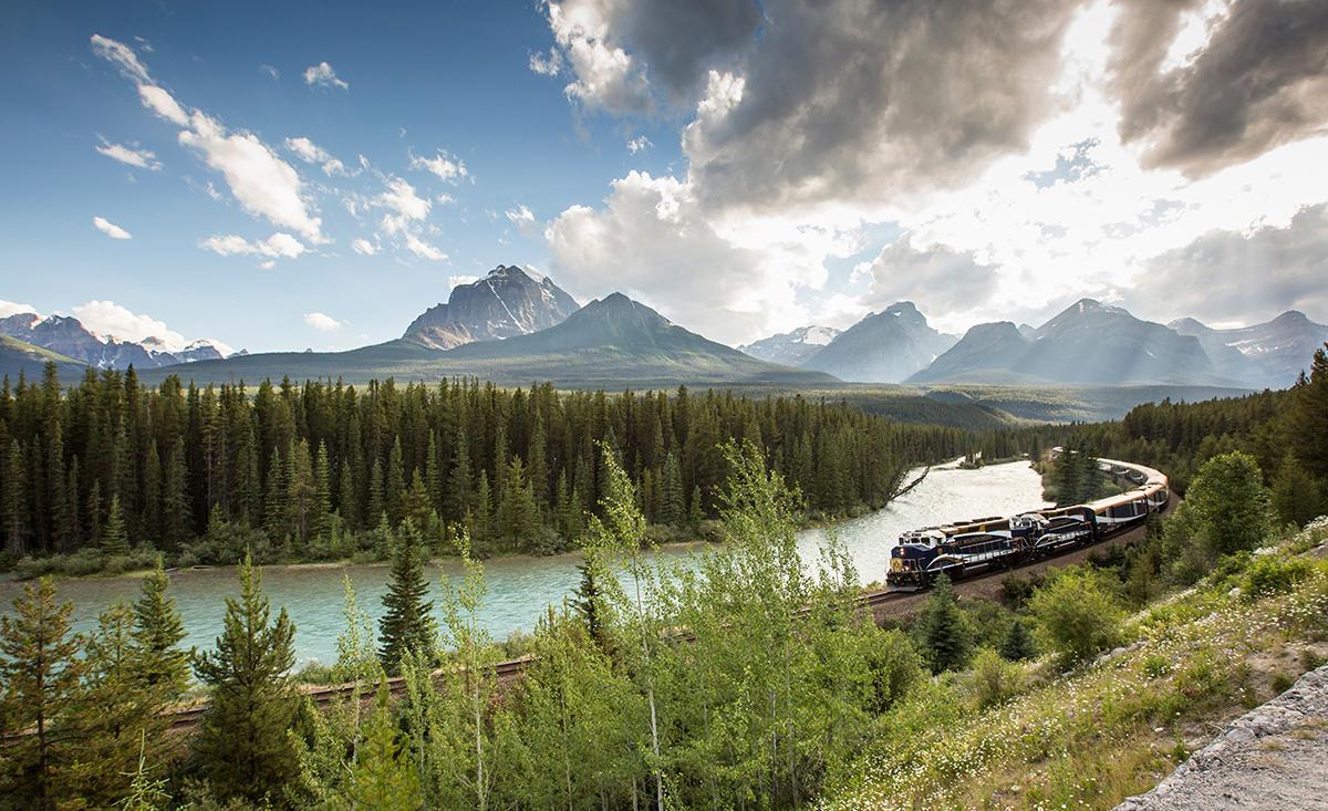Rocky Mountaineer Luxury Train Travel