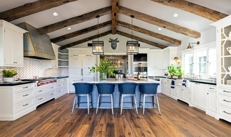 Luxury Design Farmhouse Kitchen