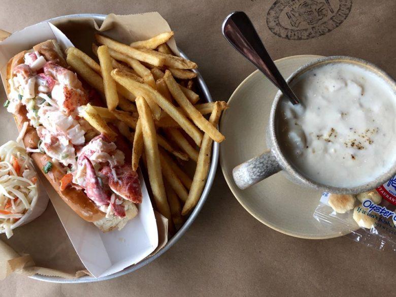 Legal Sea Foods, Boston Logan International Airport dining- Lobster Roll