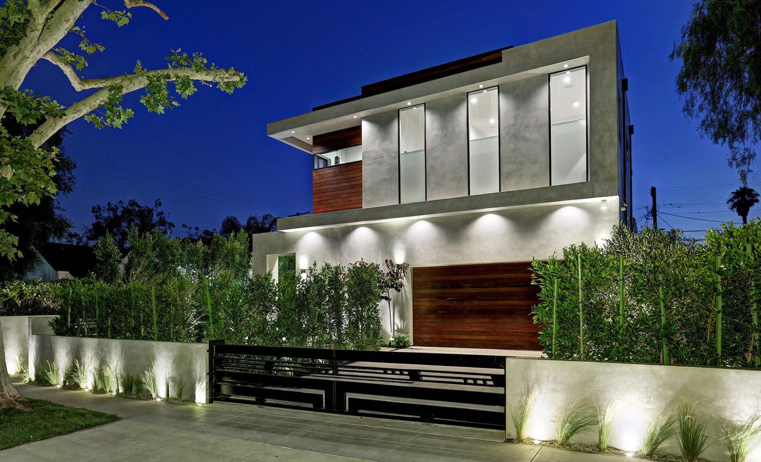 LA-Build