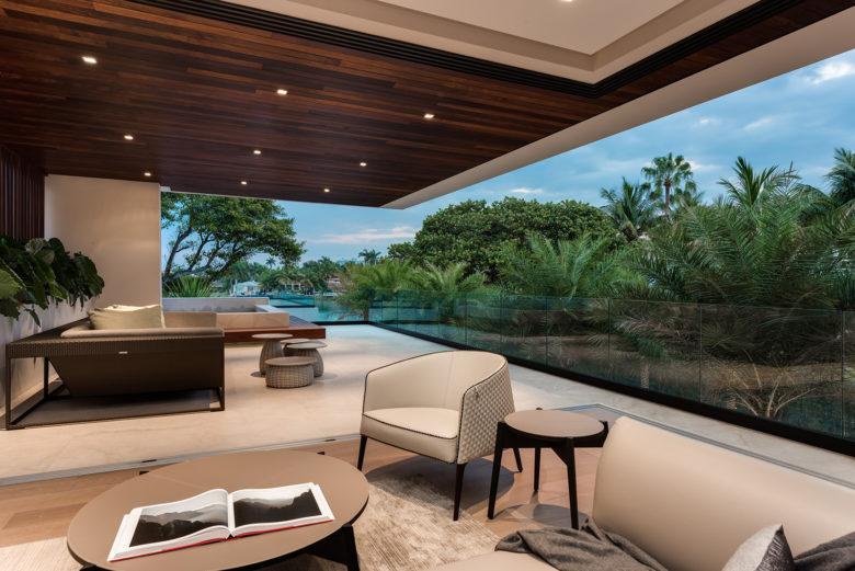 Choeff Levy Fischman Architecture + Design Master Balcony