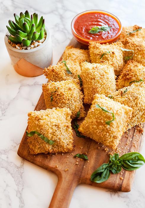 Air fried Ravioli with marinana sauce