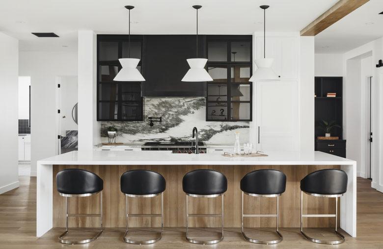 Modern farmhouse kitchen by Drewett Works