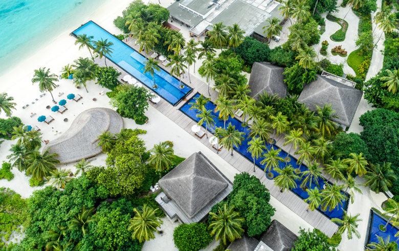 Fairmont Maldives infinity pool design