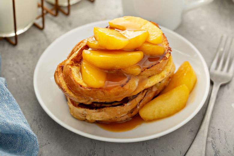 apple french toast best breakfast recipe