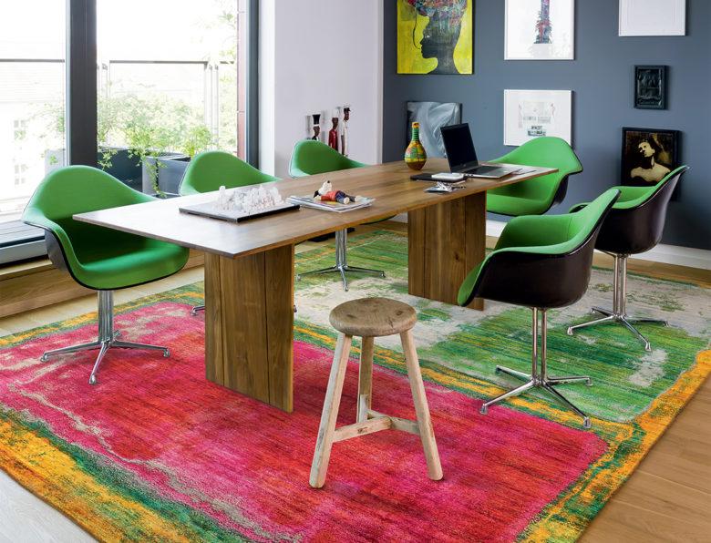 modern hand knotted rugs by Jürgen Dahlmanns