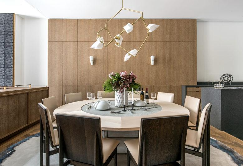 streamline dining room in Upper East side brownstone