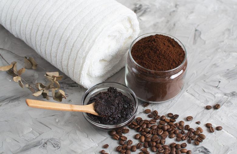 peppermint coffee lip scrub at home spa treatment