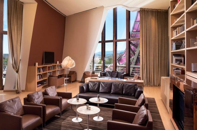 Frank Gehry vineyard Hotel Marqués de Riscal