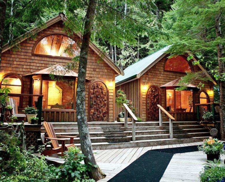 Brandon Berkson hotel guide at Nimmo Bay Resort