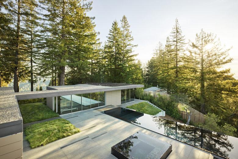 Outdoor luxury living space garden design ideas