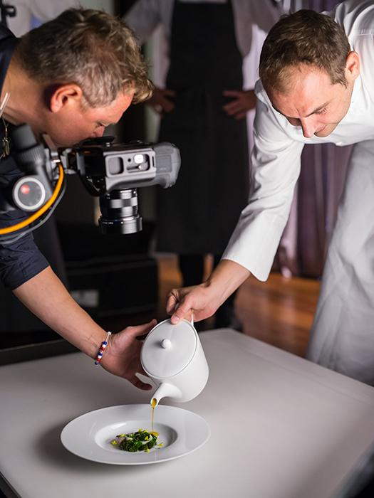 food-photographer-Francesco-Tonelli-and-Chef-Danile-Humm