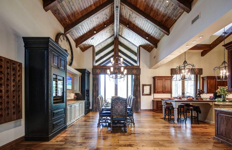 luxury cabin Flagstaff Arizona architect Mark Candelaria