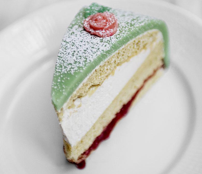 desserts at Aquavit in New York by Emma Bengtsson