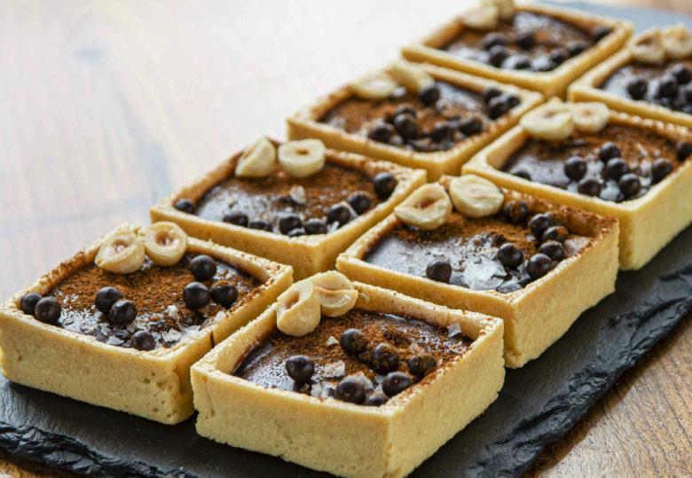 Chocolate ganache tartlets dessert recipe from Vanillamore