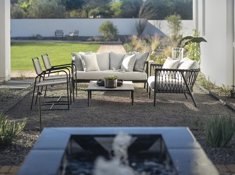 ICONIC HAUS Winter 2020 bistro patio amenities