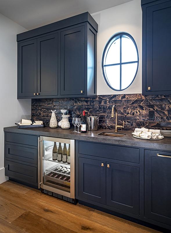ICONIC HAUS Winter 2020 butler's pantry amenities
