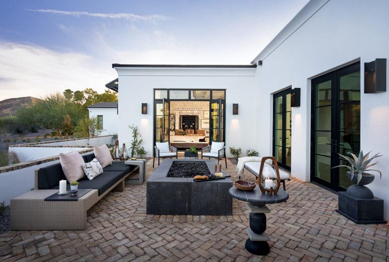 ICONIC HAUS Winter 2020 outdoor patio amenities