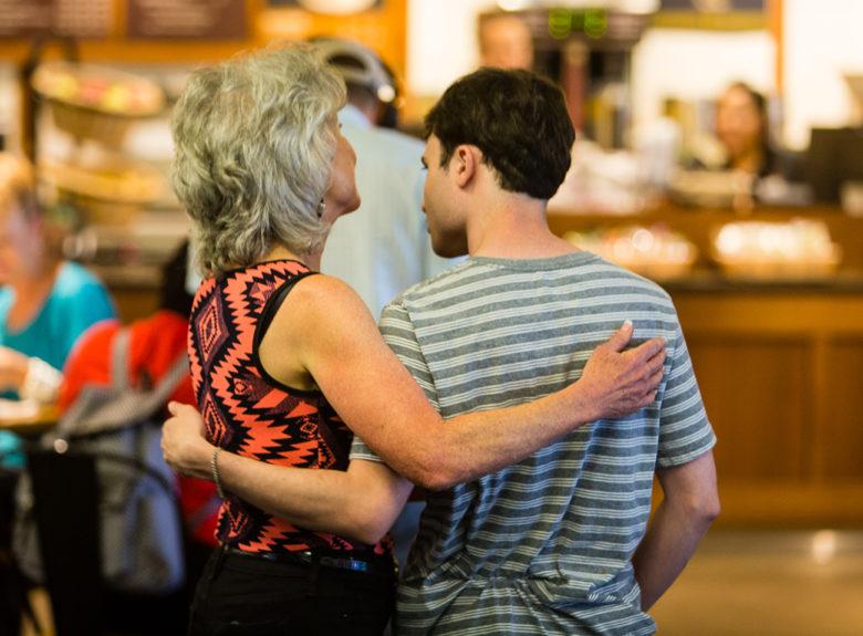Denise-Resnik-and-son-Matt-First-Place-resident