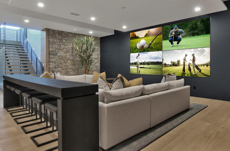 Scottsdale luxury custom home by Cullum,