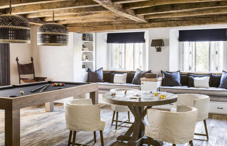 Arizona-modern-Mediterranean-style-home