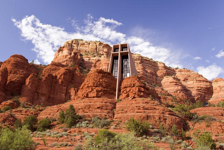Chapel-of-the-Holy-Cross-in-Sedona-Arizona