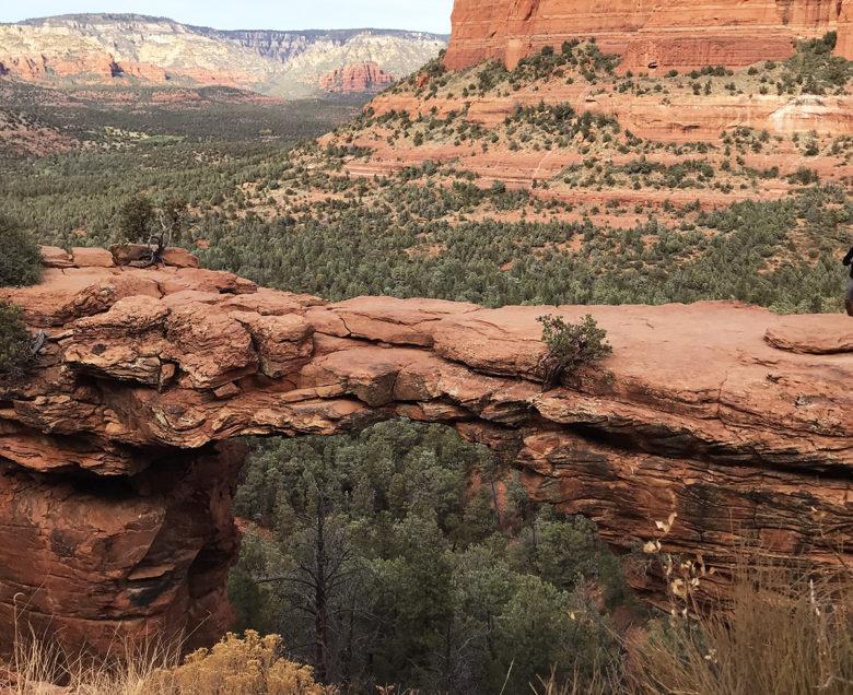 hike Devil's Bridge in Sedona Arizona