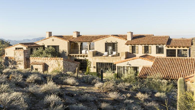 modern-Mediterranean-style-home-in-Arizona
