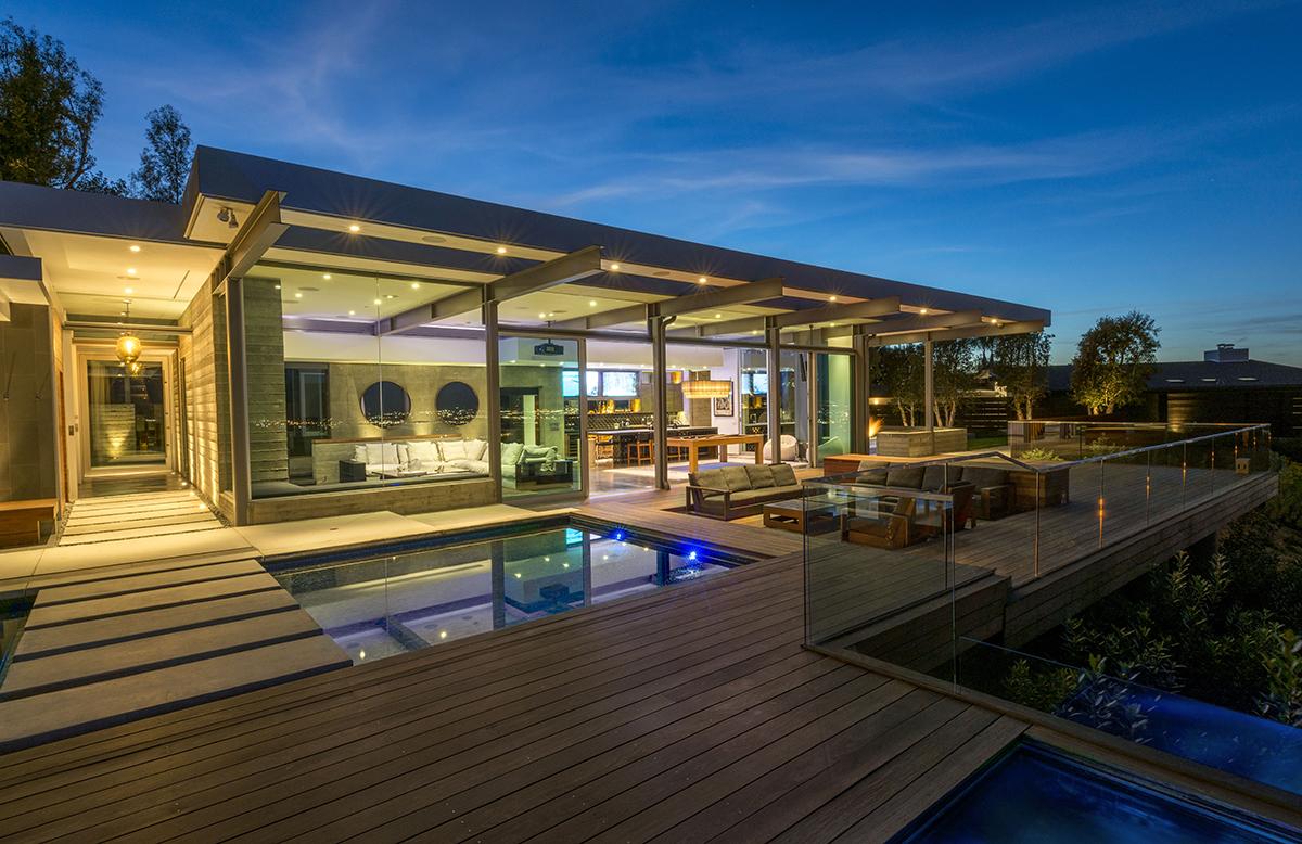 modern design by architect Christopher Mercier
