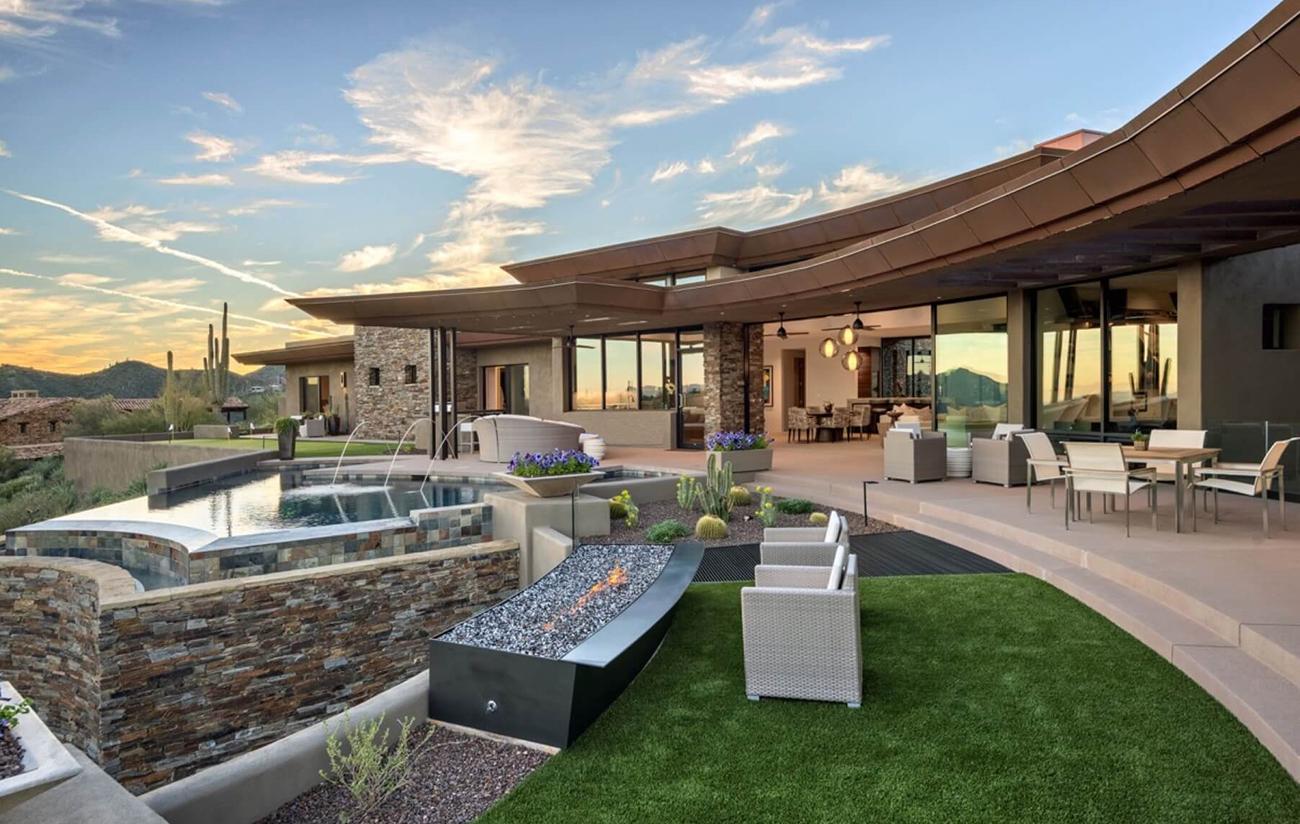 modern luxury scottsdale home by architect Erik Peterson