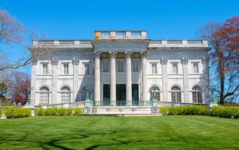 best-mansion-tour-in-Newport-RI