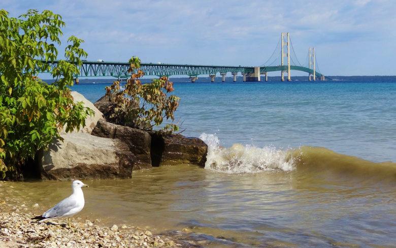 bike-ride-to-the-Mackinac-Bridge-Michigan