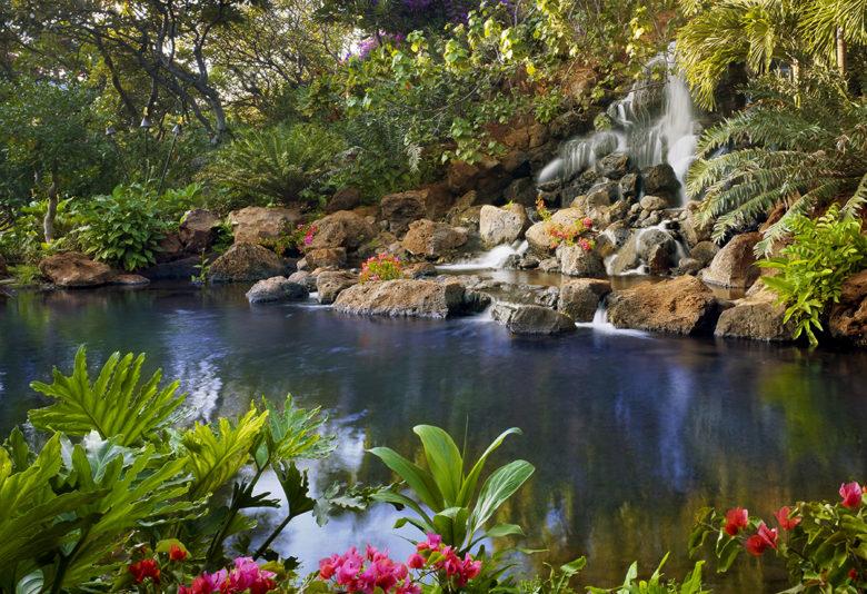 luxury tropical Hawaiian vacation in Lanai