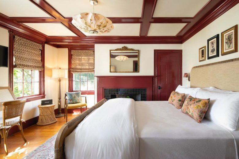 best Nantucket beach hotel at Life House