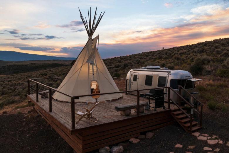 airbnb airstream rental Ten Peaks Ranch Aspen