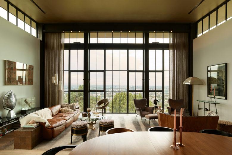LA view modern home by Mutuus Design Studio
