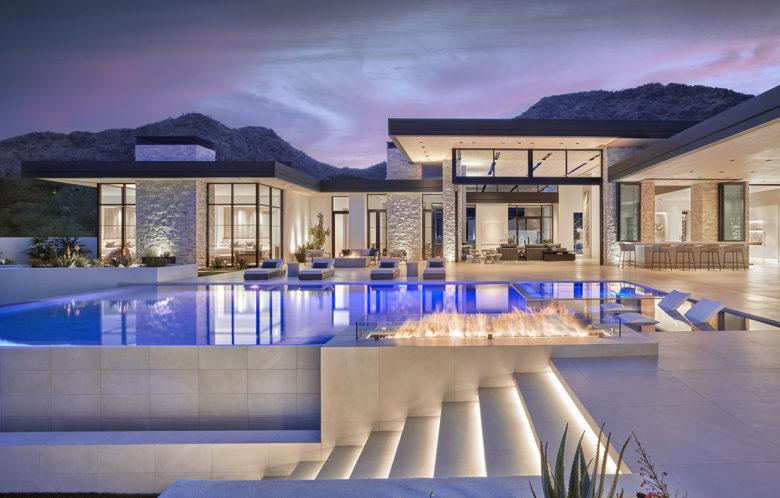 custom luxury home builder Drewett Works